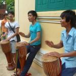 Des musiciens sur le campus