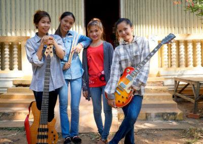 Phare Girl Band